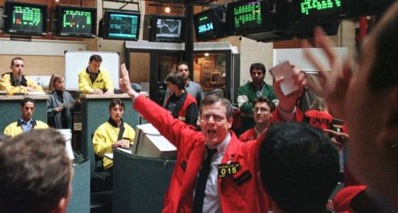 European Shares Rise Led by Intesa But LSE, Deutsche Boerse Weigh
