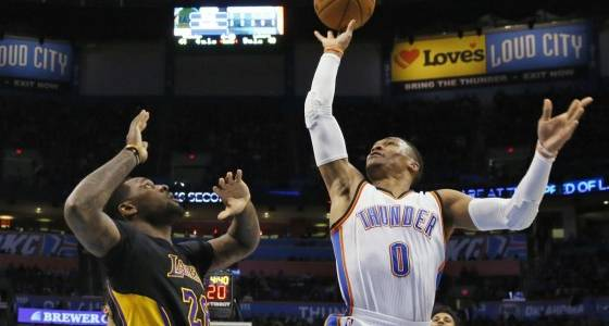 Final: Lakers' season-long issues on display in loss to Thunder
