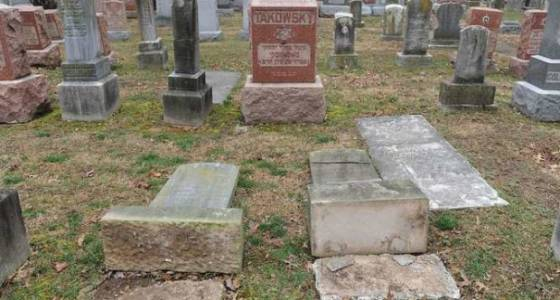 Headstones reportedly knocked over at Jewish cemetery in Philadelphia