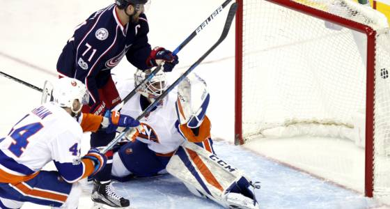 Islanders' playoff push momentum hits a brick wall