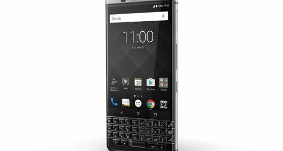 Last BlackBerry-designed QWERTY phone to hit stores in April   Toronto Star
