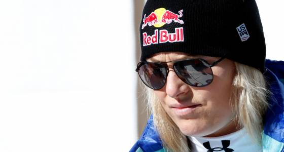 Lindsey Vonn crashes in super-G, Ilka Stuhec closes in on Mikaela Shiffrin for overall title