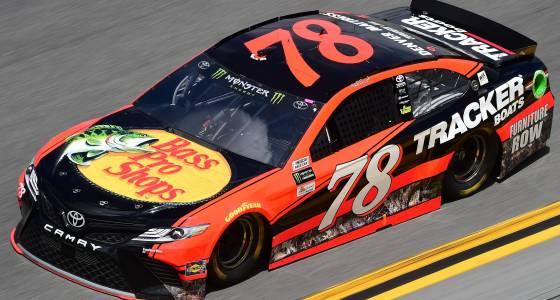 Martin Truex Jr. fades late as Kurt Busch wins Daytona 500