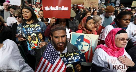 Muslim In America: Anti-Islam Banner Outside California Home Calls To 'Keep America Safe'