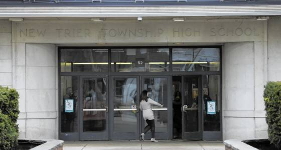 New Trier civil rights seminar day inspires dialogue