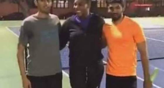 Serena Williams challenges two guys to a tennis match at San Francisco's Dolores Park