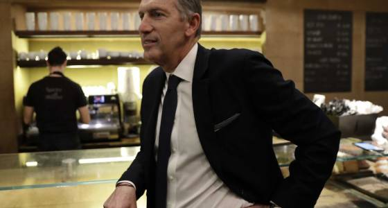 Starbucks CEO says chain ready to enter Italy after 35 years