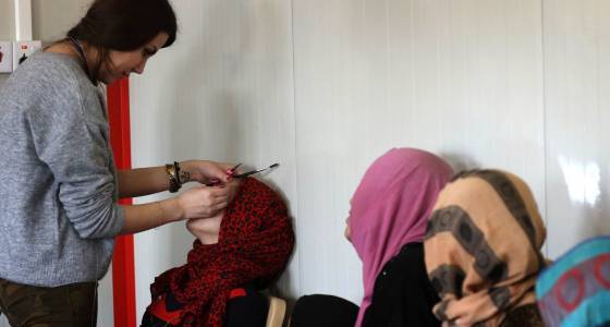 The underground beauty salon that defied Islamic State in Mosul