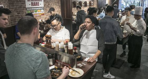 This crazy new steakhouse forces you to stand