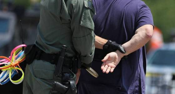 Trying to avoid immigration raids? There may soon be an app for that.