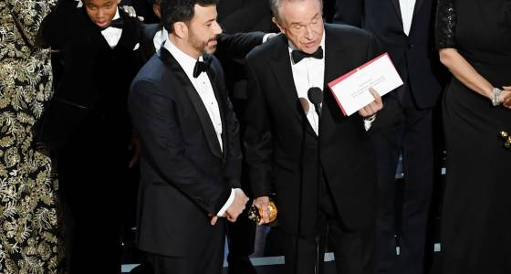 Was the Oscars best picture mix-up a Jimmy Kimmel prank? Conspiracy theories begin