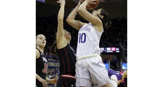 Washington's Kelsey Plum sets all-time NCAA scoring record