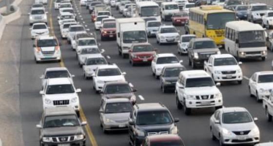 Traffic snarls, morning fog affect commuters to Dubai