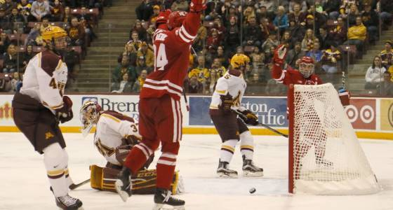 Trio of second-period goals gives Wisconsin 3-2 victory over Gophers hockey