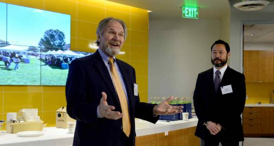 UCLA Extension shows off new, high-tech Woodland Hills campus