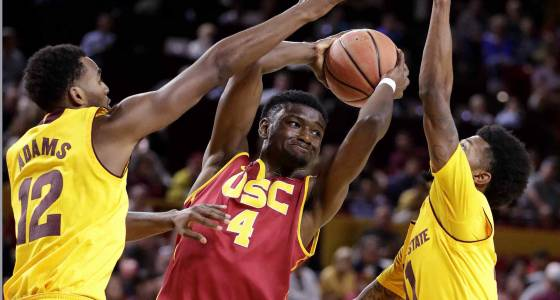 USC gets just 7 points in AP Top 25 voting