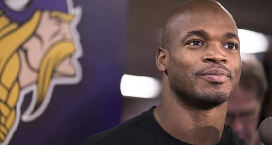Vikings won't exercise $18 million option on Adrian Peterson's contract