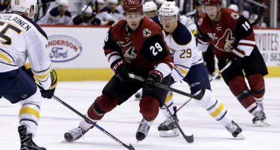 Vrbata's late goal lifts Coyotes past Sabres
