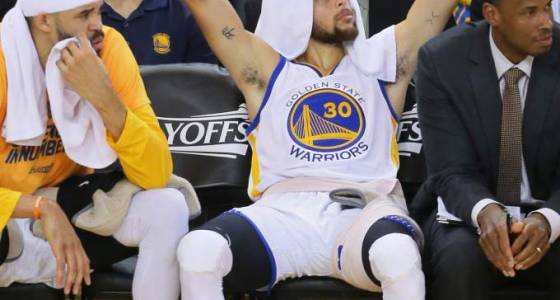 Warriors keep on rolling against Trail Blazers with 110-81 win