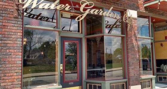 Water Garden organic and vegetarian cafe opens on Lorain Avenue