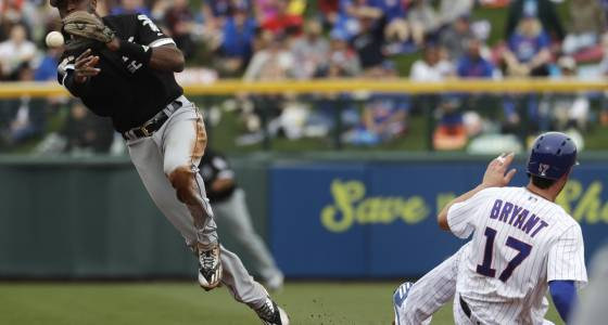 White Sox, Cubs play to 4-4 tie