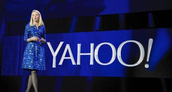 Yahoo withholds CEO Marissa Mayer's bonus as punishment for security breach response